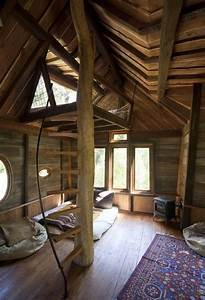 Inside Cool Tree Houses | ... -in-fantastic-interior-tree ...