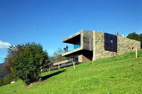 a modern house in the green hills holiday in northern italy interior design ideas ofdesign