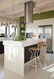Cuisine Couleur Aubergine : mur cuisine aubergine photo cuisine aubergine et blanche ~ Premium-room.com Idées de Décoration