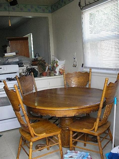 Round Oak Kitchen Table With Chairs For Sale In Los