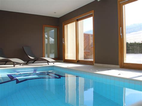 g 238 te de charme avec piscine int 233 rieure 34 176 hydromassage jaccuzi fitness maison haute savoie