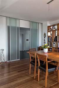 Schiebetüren Als Raumteiler : raumteiler aus vier schiebet ren in glas zwischen flur und wohnbereich auf zu ~ Markanthonyermac.com Haus und Dekorationen
