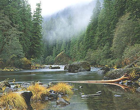 The Clackamas river