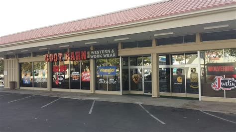 Boot Barn Locations Near Me by Boot Barn 19 Reviews Shoe Stores 1340 St