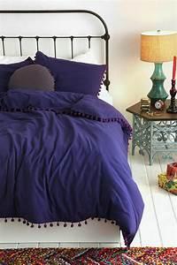 Weißes Kuhfell Teppich : wei es schlafzimmer 122 gestaltungskonzepte in wei welche die einbildung f rdern ~ Sanjose-hotels-ca.com Haus und Dekorationen