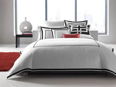Hotel-collection-bedding-bedroom-contemporary-with-accent