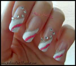 Make nail art white and pink prom nails tutorial