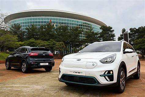 Mazda Elbil 2020 by New 2019 Kia Niro Ev Revealed At International Electric