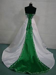 emerald green wedding gown and make your life special With emerald wedding dress