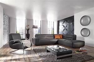 Canapé De Salon : l eclairage du salon un atout pour mettre en valeur votre canape en cuir blog de seanroyale ~ Teatrodelosmanantiales.com Idées de Décoration