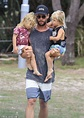 Chris Hemsworth enjoys park date with twins in Byron Bay ...