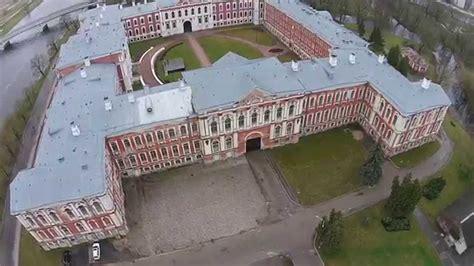 Jelgavas pils - YouTube