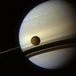 A New Angle on Titan - Universe Today