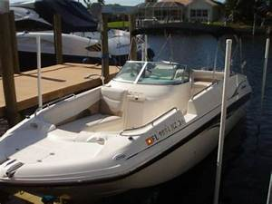 2005 Hurricane 26 Sundeck Powerboat For Sale In Florida