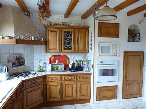 cuisine en chene relooking rénovation cuisine cuisiniste repeindre