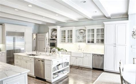 images  odd angle kitchens  pinterest hoods window  kitchen gallery