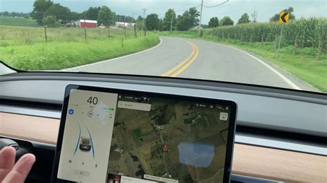 Download Tesla Car That Drives Itself Pictures