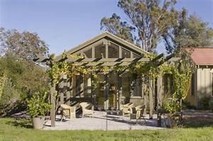 Pergola Mit Wein Bepflanzen : plante grimpante ombre pour pergola de jardin ~ Eleganceandgraceweddings.com Haus und Dekorationen