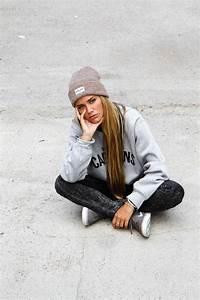 Best 25+ Skater girl looks ideas on Pinterest   Skater ...