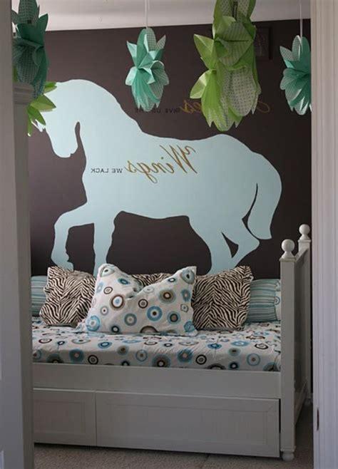 Kinderzimmer Wandgestaltung Pferde kinderzimmer mit wandgestaltung pferd bemalen deko