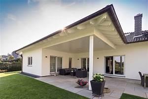 Fingerhaus Bungalow Preise : bungalow mit berdachter terrasse terrasse und garten pinterest berdachte terrassen ~ Sanjose-hotels-ca.com Haus und Dekorationen