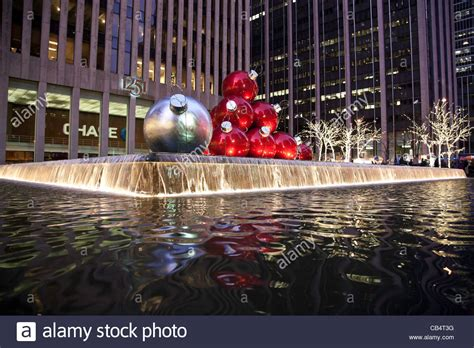 giant christmas ornaments reflecting pool  avenue