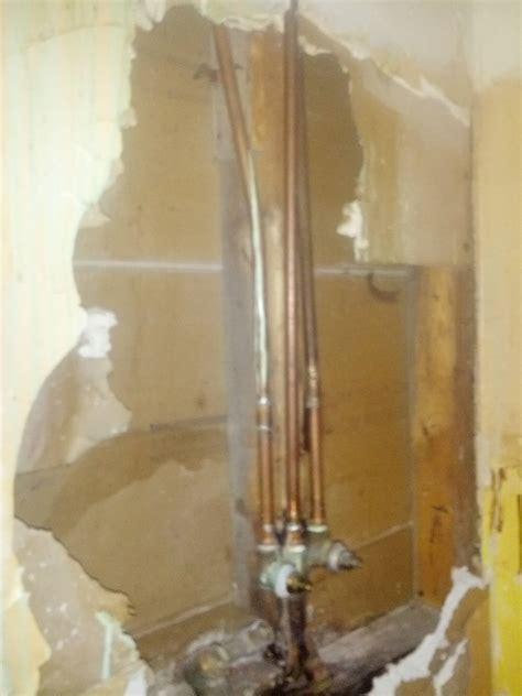 remodeling   repair  showerbathroom wall