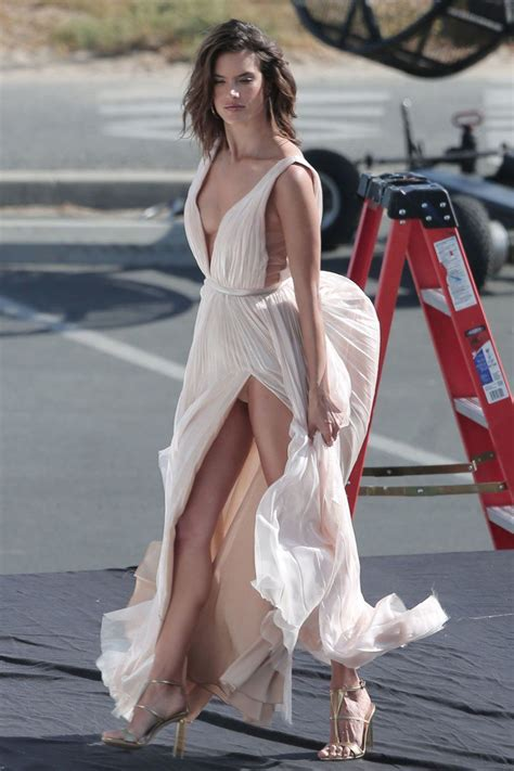 alessandra ambrosio upskirt 6 sawfirst hot celebrity pictures