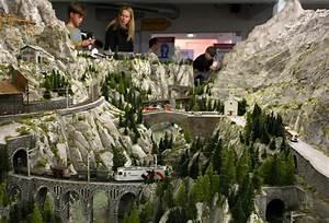 The World's Biggest Model Train Set - Zimbio