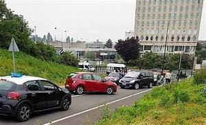 Passage Du Permis : les auto coles bloquent le centre de passage du permis de conduire rungis 94 citoyens ~ Medecine-chirurgie-esthetiques.com Avis de Voitures