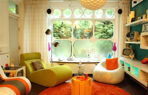 Retro Living Room Yellow by 15 Awesome Retro Inspired Living Rooms Home Design Lover