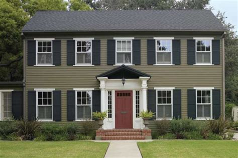 woodsy greens paint color ideas for colonial revival