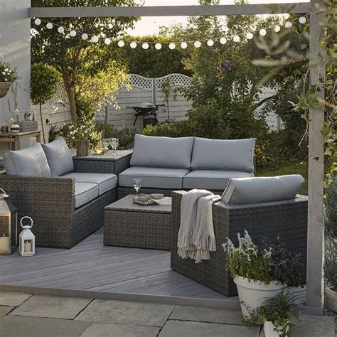 salon de jardin rotin un salon de jardin en rotin ikea mobilier outdoor jardins salon et mobilier jardin