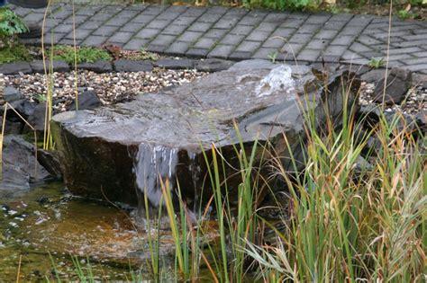 Quellstein Garten Kaufen by Quellstein Garten Anlegen Quellenstein Fuer Bachlauf