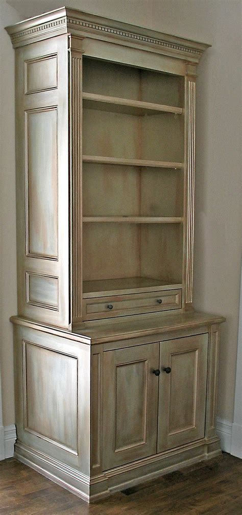 cabinet painted   shades  modern masters metallic