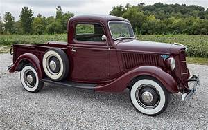 1936 Ford 1  2-ton Pickup