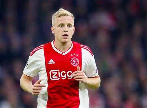 Donny van de Beek poised for Manchester United debut ...