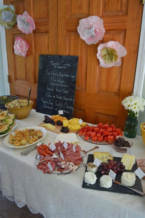Best Food For Bridal Shower by Best 25 Bridal Shower Menu Ideas On Bridal