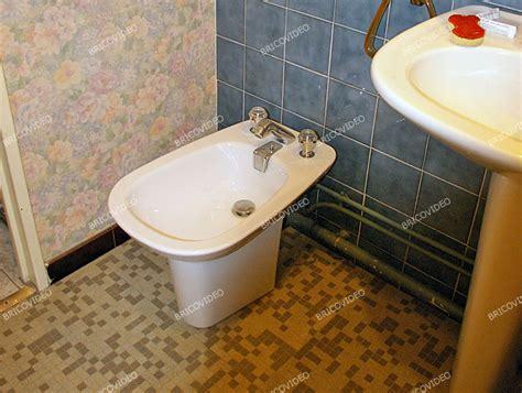 Un Bidet - question probl 232 me plomberie maison enlever bidet salle