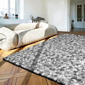 tapis gris prestige galets en laine on the rocks par angelo With tapis gris laine