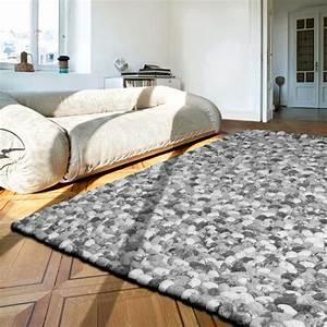 Tapis Blanc Et Gris : tapis gris prestige galets en laine on the rocks par angelo ~ Melissatoandfro.com Idées de Décoration