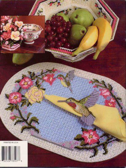 hummingbird table decor  plastic canvas pattern annies