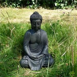 Buddha Statue Im Garten : sitzende buddha statue budda skulptur asia garten figur ~ Bigdaddyawards.com Haus und Dekorationen