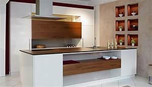 Moderne Küchen Bilder : hase kramer hase kramer wohnk che in wei mit amerikanischem nussholz ~ Markanthonyermac.com Haus und Dekorationen