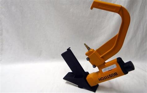 hardwood floor nailer bostitch bostitch miii pneumatic hardwood flooring nailer staples