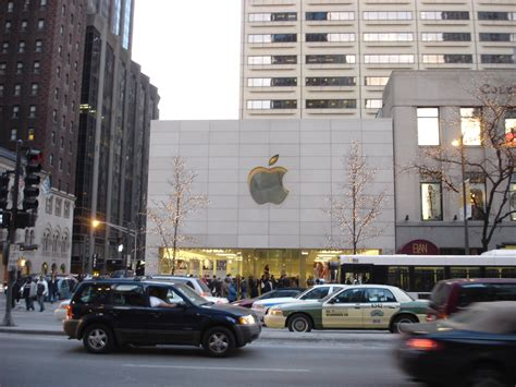 Store Chicago by Chicago Apple Store Also Called The Glass Temple To
