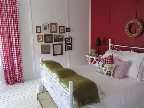 A Cheap And Easy Bedroom Makeover