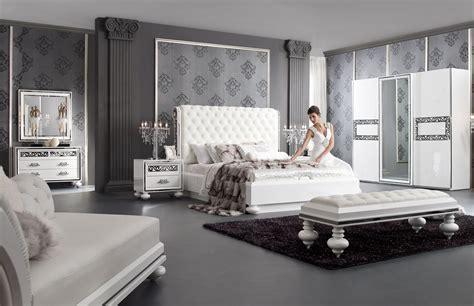 ensemble chambre adulte ultra design blanc laque  argent