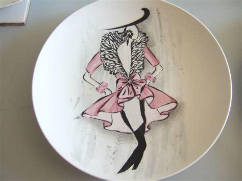 modele moderne peinture sur porcelaine