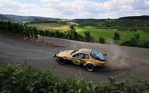 Daily Wallpaper: Porsche Rally | I Like To Waste My Time